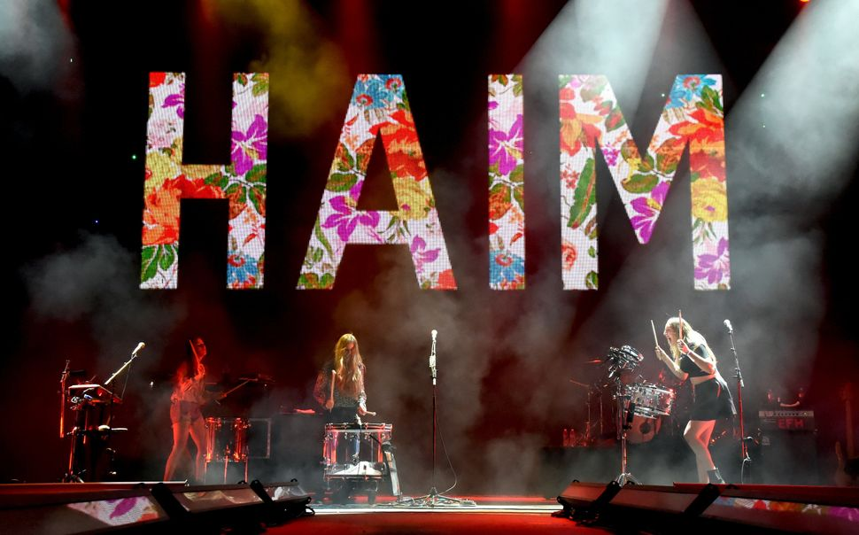"""Growing up, there were a lot of girl artists like the Spice Girls, Aaliyah and Destiny's Child,"" Alana Haim told <a hr"