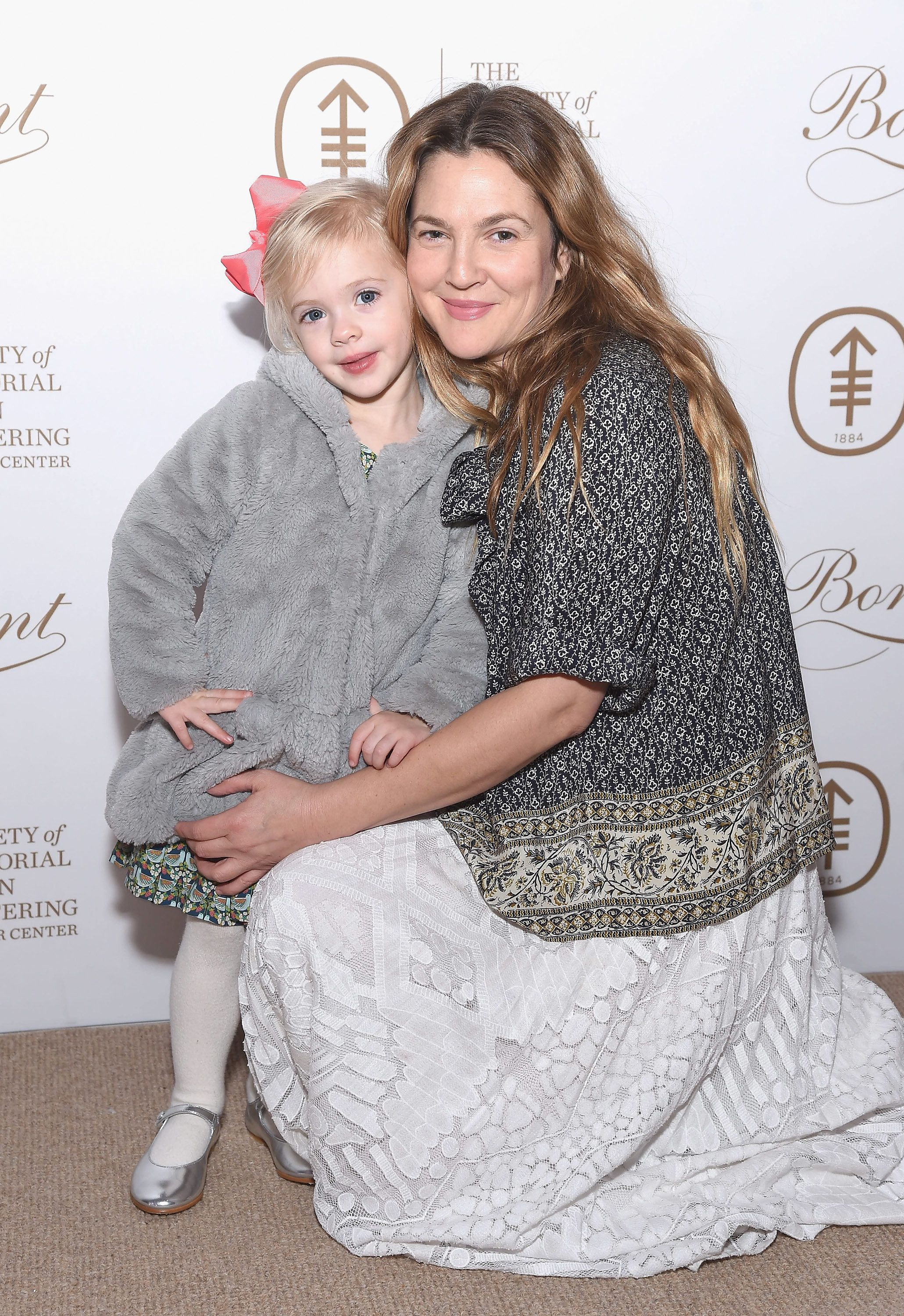 NEW YORK, NY - MARCH 07:  Drew Barrymore and daughter Frankie Barrymore Kopelman attend the 2017 Society Of MSK Bunny Hop at 583 Park Avenue on March 7, 2017 in New York City.  (Photo by Gary Gershoff/WireImage)