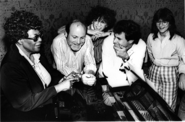 The Manhattan Transfer (Tim Hauser, Cheryl Bentyne, Alan Paul and Janis Siegel) rehearse with jazz singer Ella Fitzgerald for
