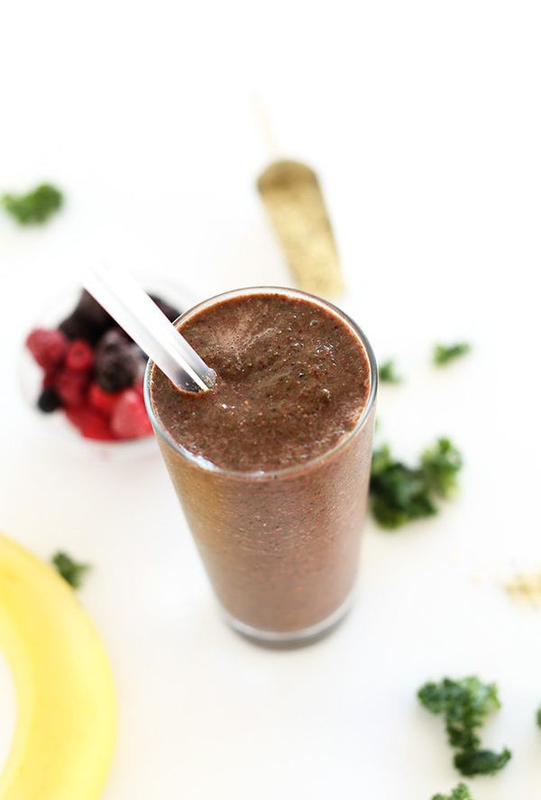 "<strong>Get the <a href=""http://minimalistbaker.com/hide-your-kale-smoothie/"" target=""_blank"">Kale Green Berry Smoothie recip"