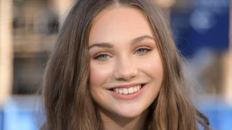 UNIVERSAL CITY, CA - MARCH 14:  Maddie Ziegler visits 'Extra' at Universal Studios Hollywood on March 14, 2017 in Universal City, California.  (Photo by Noel Vasquez/Getty Images)