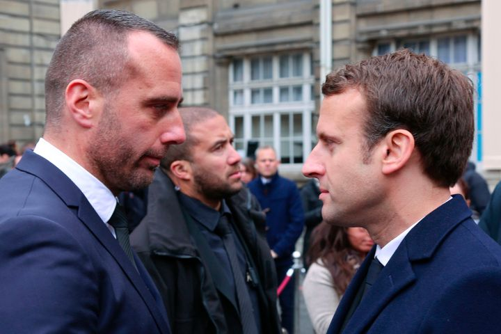 Cardiles shakes hands with presidential candidate Emmanuel Macron