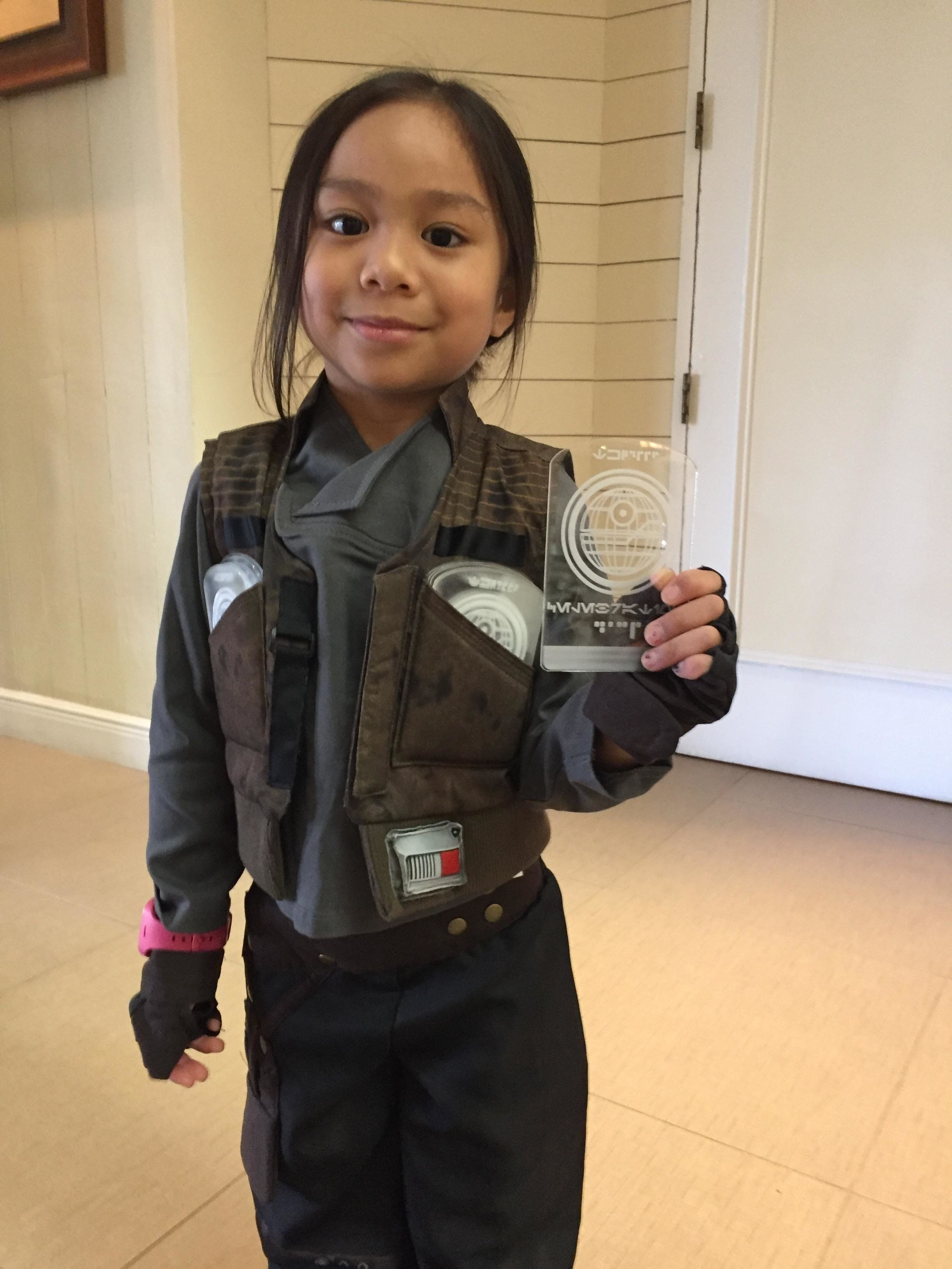 Ignacio said his daughter met about 20 different people dressed as Leia.