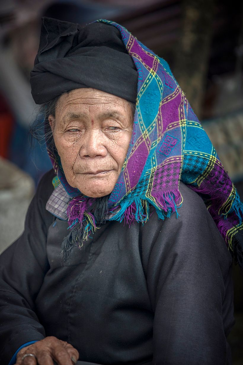 <strong>Member of the Black Dao Ethnic Group.</strong>