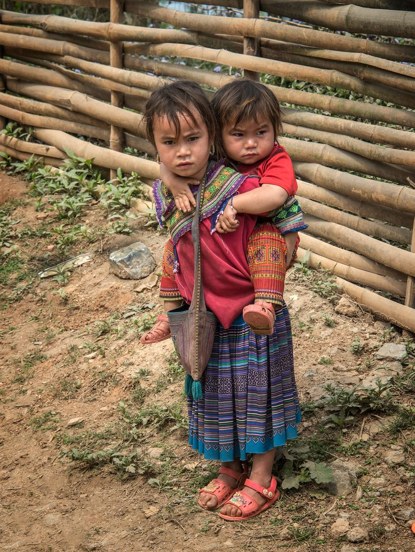 <em><strong>Two Hmong girls near Bac Ha.</strong></em>