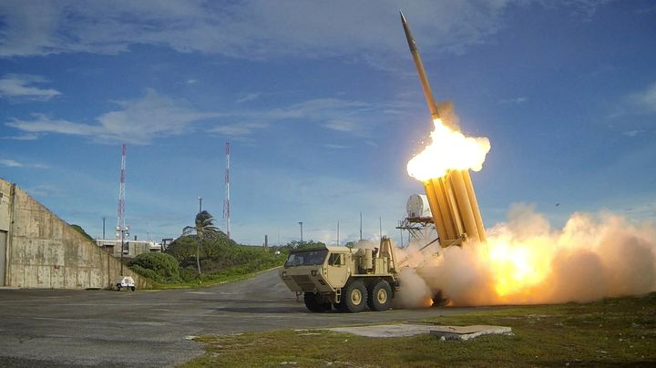 S Koreans clash with Police as United States installs THAAD Missile system