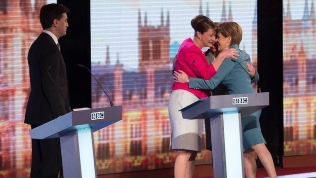 Ed MIliband watches as Sturgeon, Wood and Bennett hug after 2015