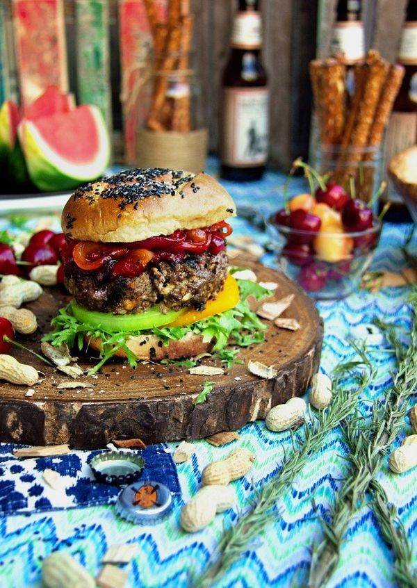 """<strong>Get the <a href=""""http://abachelorandhisgrill.com/2015/07/northern-michigan-sweet-cherry-amish-blue-cheese-burgers/.ht"""