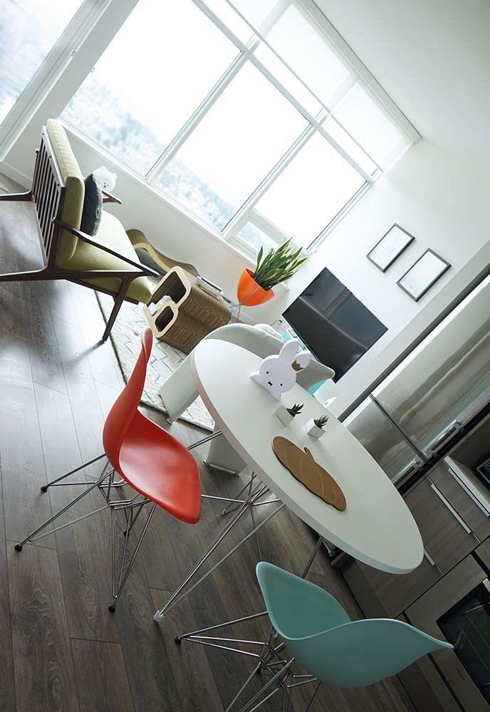 La Carmina's small apartment living room.