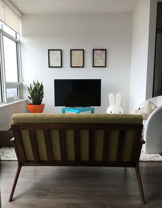 A Mid Century Modern Loveseat Is Great Fit For Small Apartment