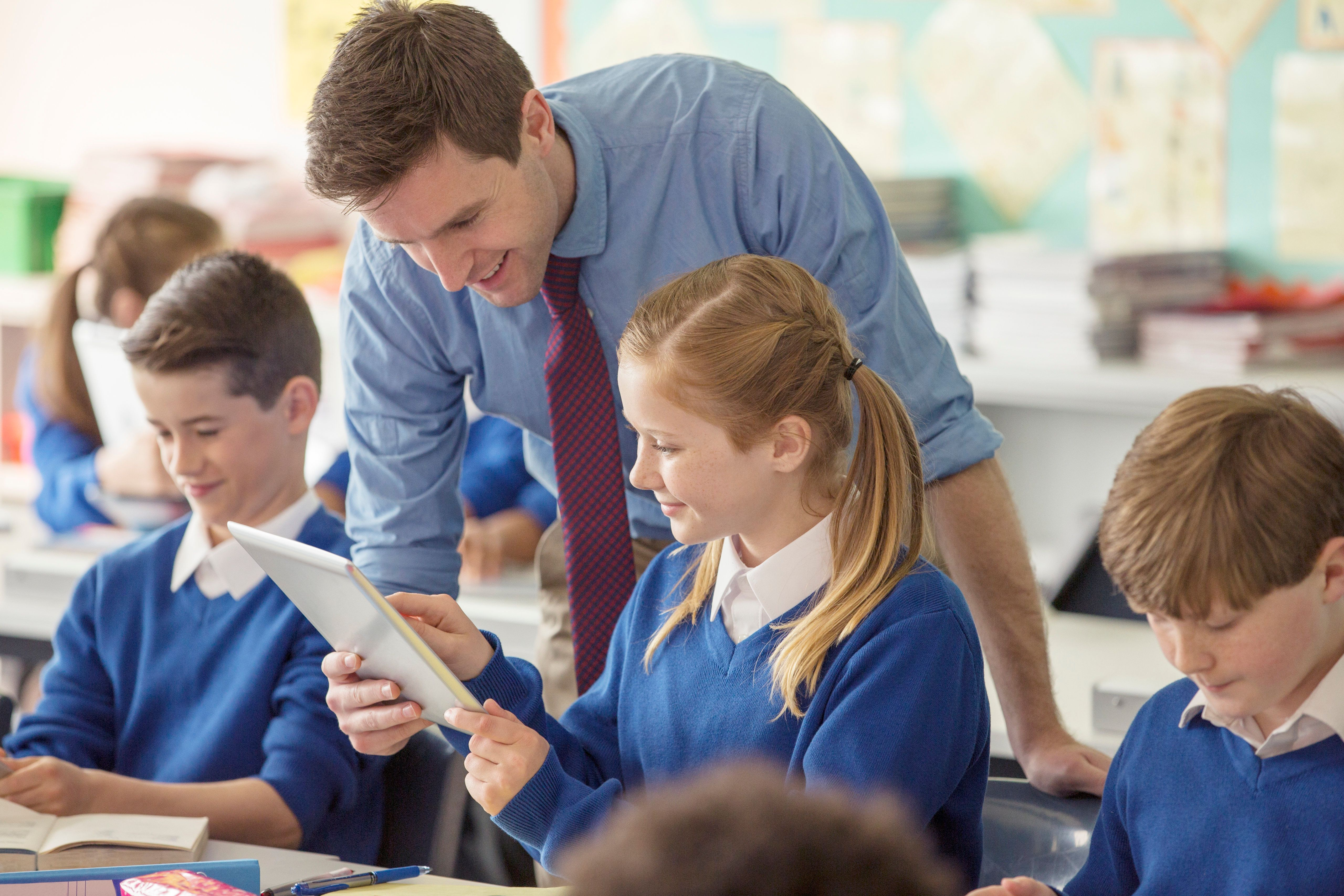 'Forgivable fees' should be introduced for teachers, a think tank has