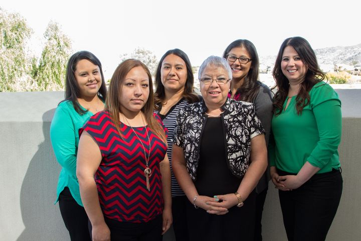 Valentina Hernandez (back row, second from right) with staff from Mountain Park Health Center, the Mayo Clinic and Sangr