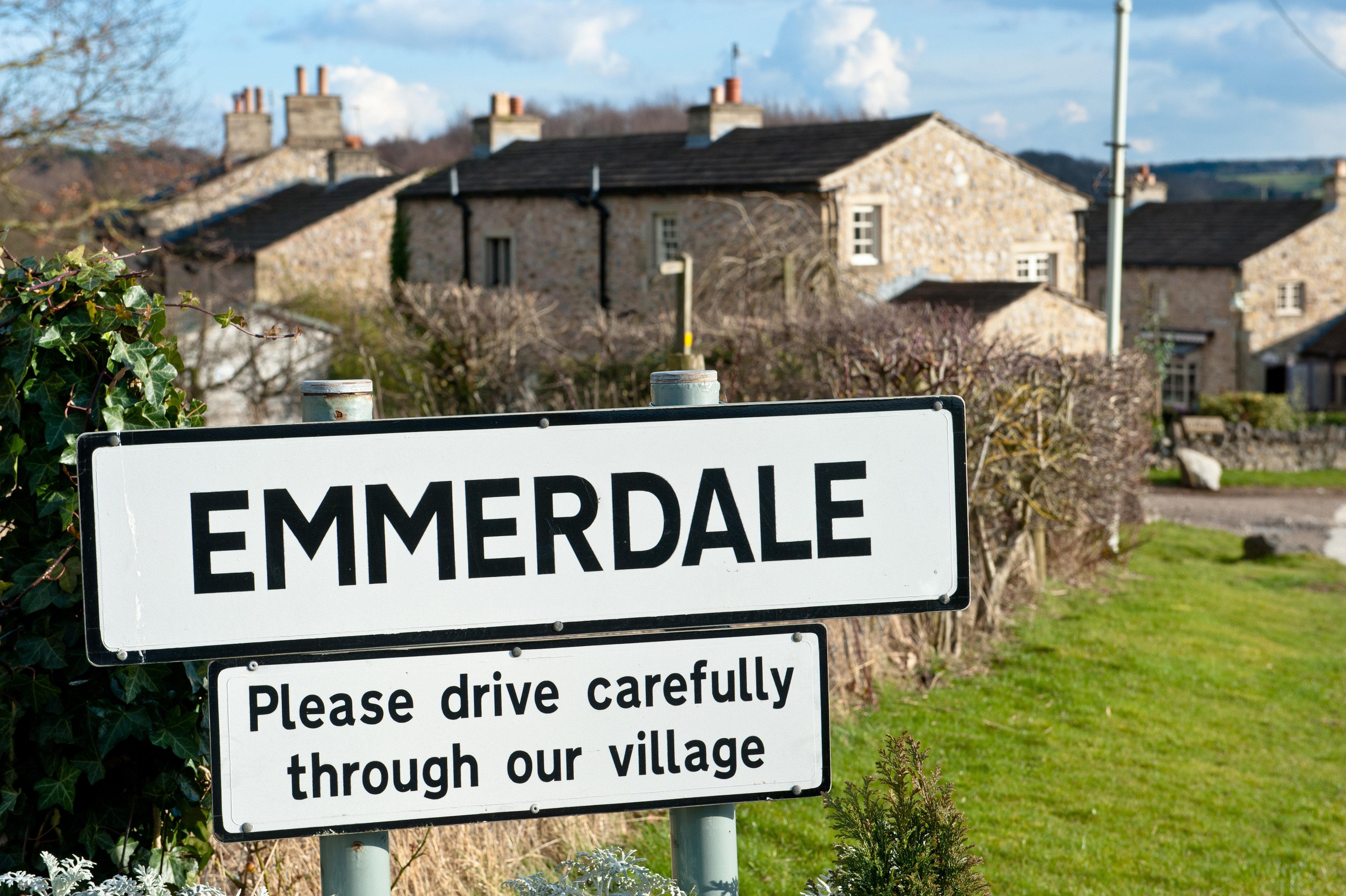 'Emmerdale' Boss Teases Hunky New