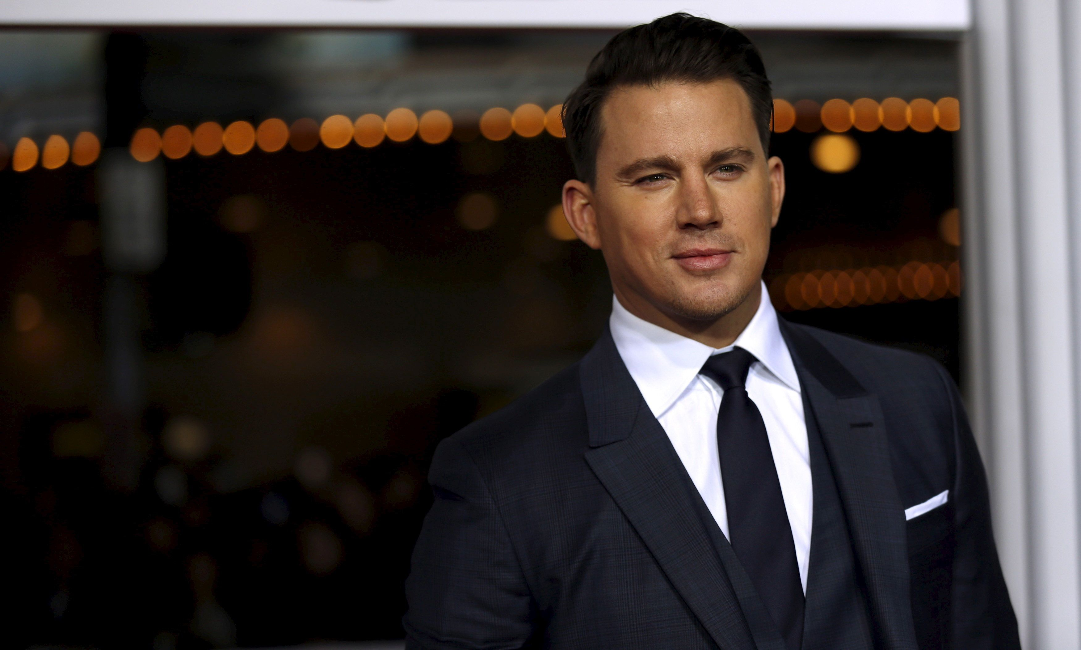 """Cast member Channing Tatum poses at the premiere of """"Hail, Caesar!"""" in Los Angeles, California February 1, 2016. The movie opens in the U.S. on February 5.   REUTERS/Mario Anzuoni"""