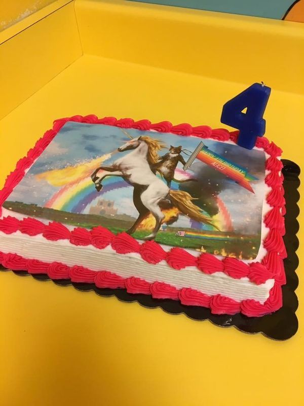 15 Hilariously Random Kids Birthday Cakes Huffpost