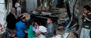 HORIZONTAL MIDDLE EAST PALESTINIAN ELECTRICITY POWER CUT DAILY LIFE REFUGEE CAMP SOCIAL ISSUES POVERTY