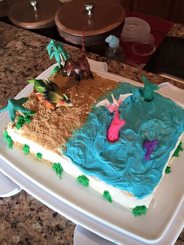 """My daughter's party theme wasn't quite as crazy, but it's still challenging to have dinosaurs and mermaids party."" -- J"