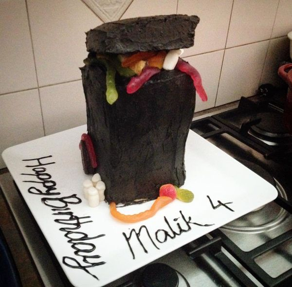 15 Hilariously Random Kids  Birthday Cakes HuffPost