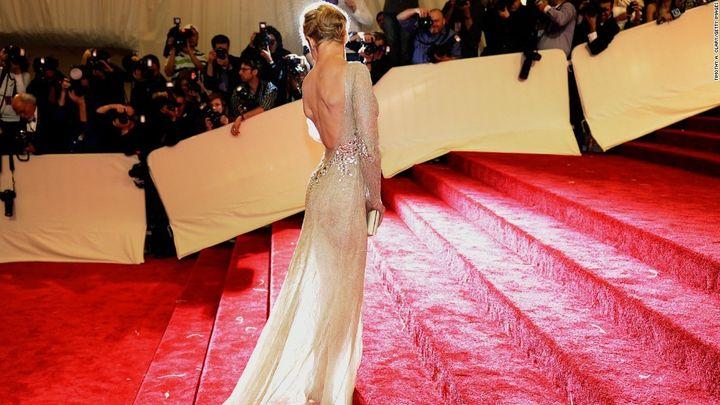 <p>Renee Zellweger on the Met Gala red carpet.</p>