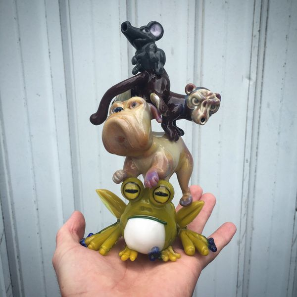 <strong>Coyle</strong>, <strong>CapNCrunk</strong>, and <strong>Swanny</strong>, <i>Animal Pile</i>, 2016, Lampworked borosil