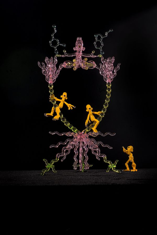 <strong>Jeff Newman</strong> and <strong>Chandler Ellis</strong>, <i>Balancing Act</i>, 2014, Borosilicate glass, 26 x 8 inch