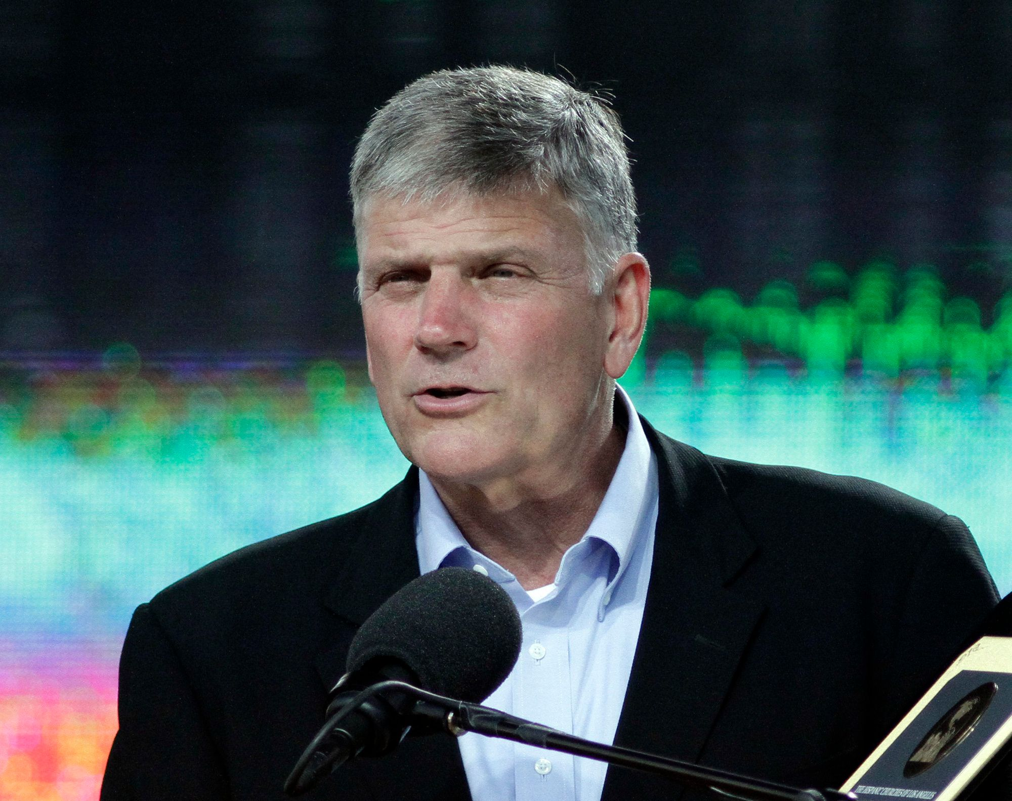Franklin Graham speaking to the audience. Evengelist Franklin Graham concludes a two–day Festival of Hope at L.A.'s Home Depot Center on Jun. 26, 2011.  (Photo by Lawrence K. Ho/Los Angeles Times via Getty Images)