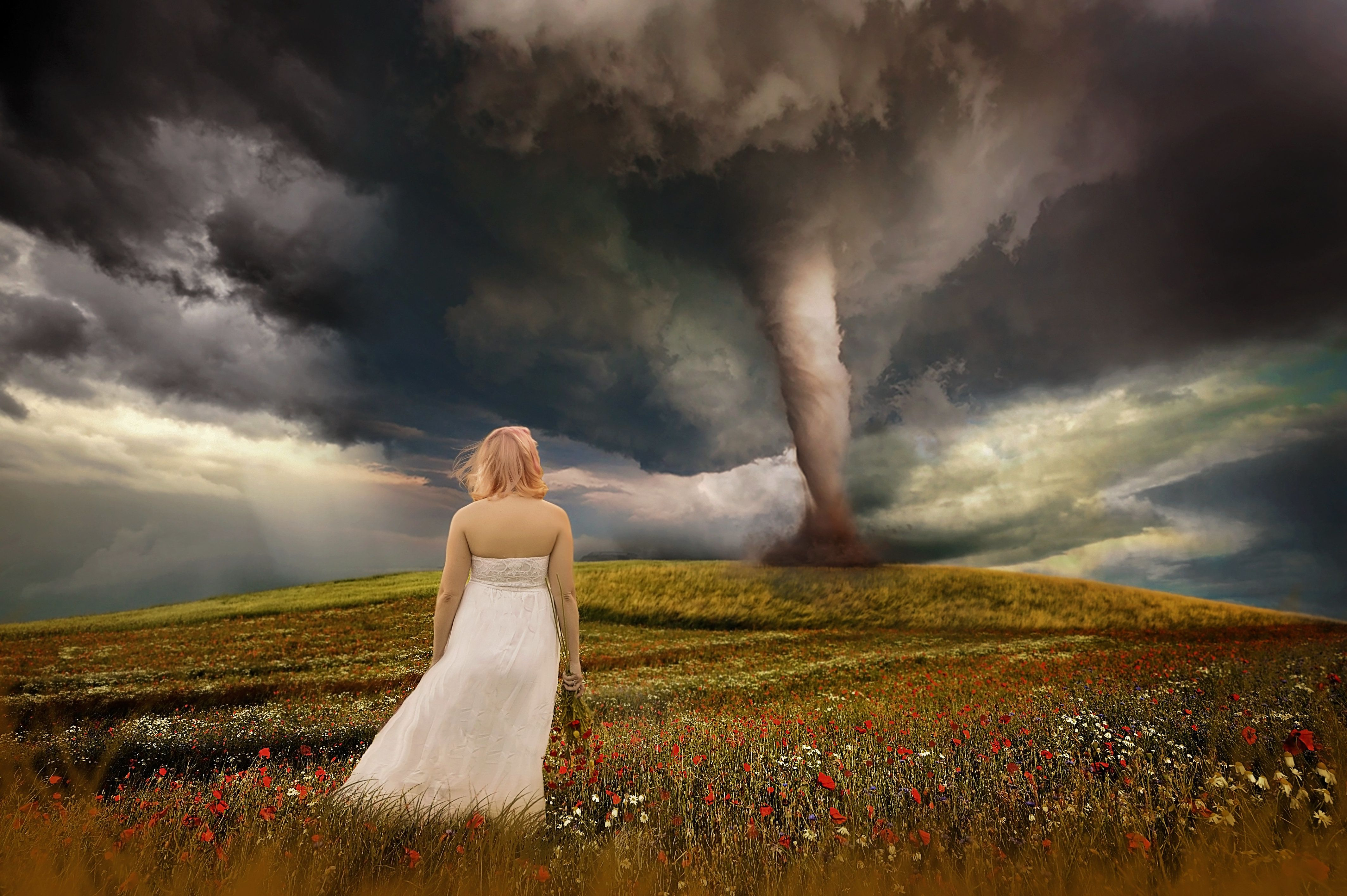 """""""The only thing that I could think of to describe all of the emotions was a tornado,"""" said the photographer."""