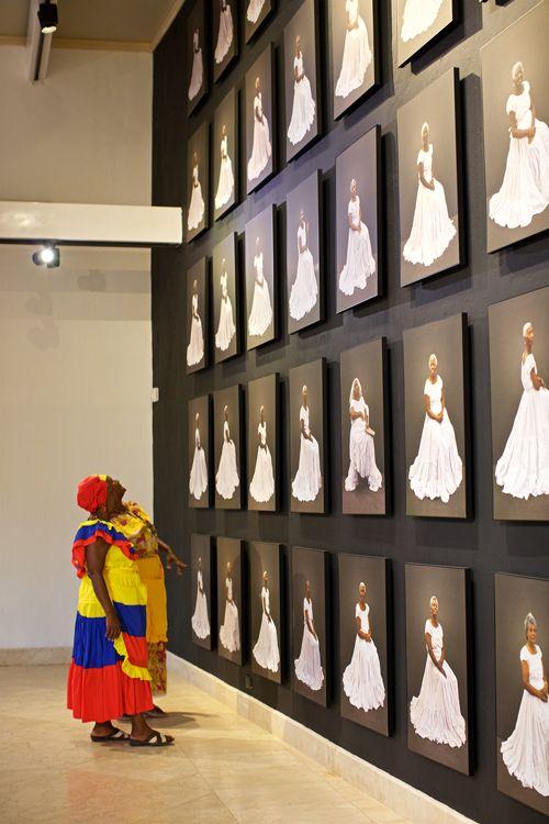 Viewing the exhibit in Cartagena