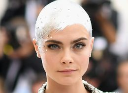 Cara Delevingne's Met Gala 2017 Metallic Sprayed-On Hair Is Incredible