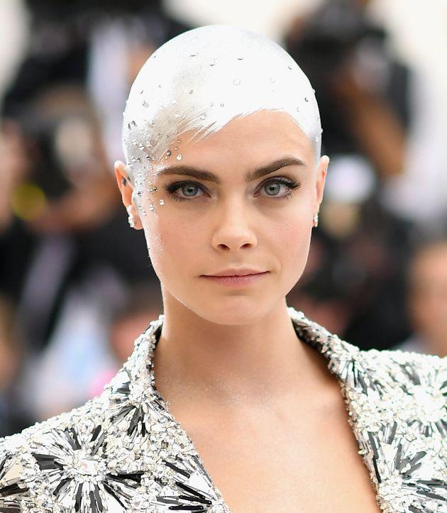 Met Gala 2017: Cara Delevingne's Metallic Sprayed-On Hair Is