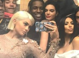 The Kardashians' Star-Studded Met Gala Snap Might Have Just Topped Ellen's Oscars Selfie