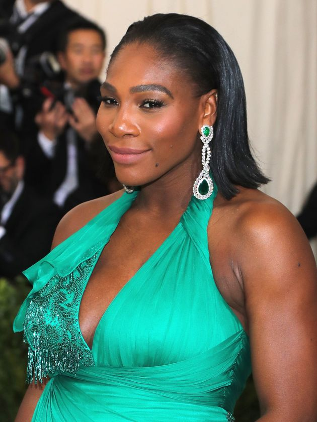 Met Gala 2017: Serena Williams Graces The Red Carpet In Green For Her First Maternity Style