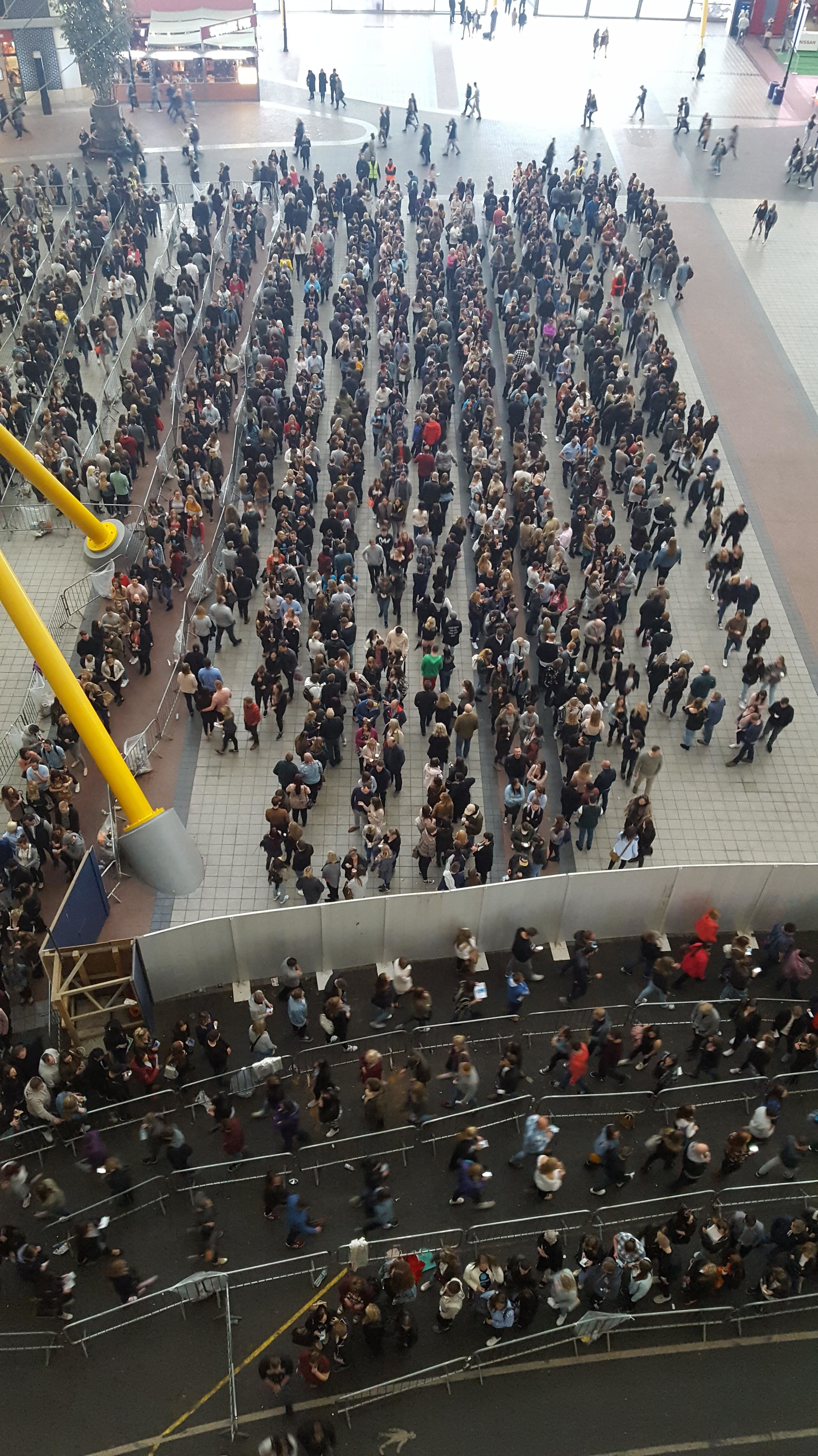 British People Reach Peak-Brit With Incredibly Polite (And Long) Queue Around Invisible
