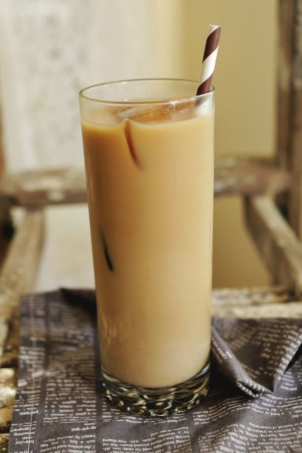 "<strong>Get the <a href=""http://abeautifulmess.com/2013/09/lavender-iced-coffee.html"" target=""_blank"">Lavender Iced Coffee re"