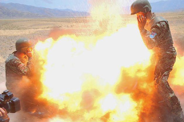 Cette remarquable photo montre les derniers moments d'une photographe de guerre