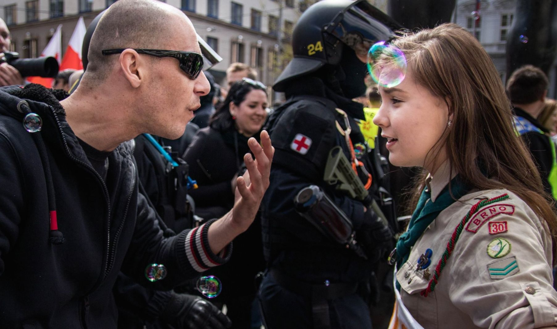 This Girl Scout Smiling In The Face Of A Neo-Nazi Is A Total