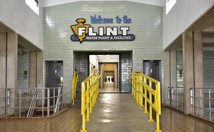 Year later, charge dropped against Flint water official