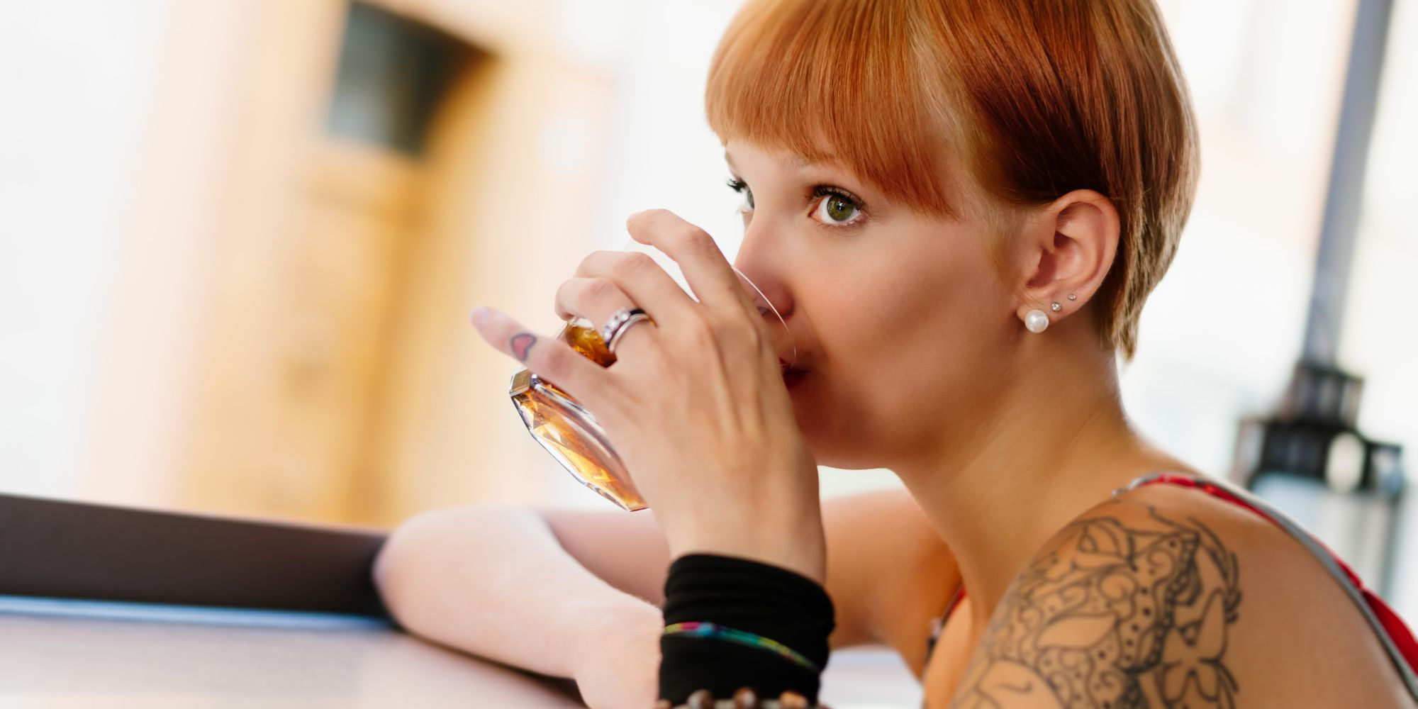 Worried You Might Have A Drinking Problem? 13 Signs You ...