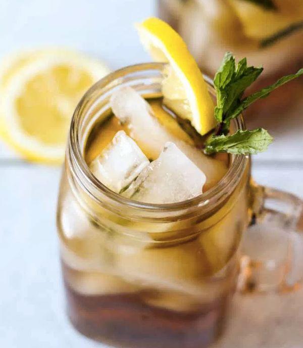 "<strong>Get the <a href=""http://whatmollymade.com/peach-tea-mint-juleps/#_a5y_p=6220322"" target=""_blank"">Peach Tea Mint Julep"