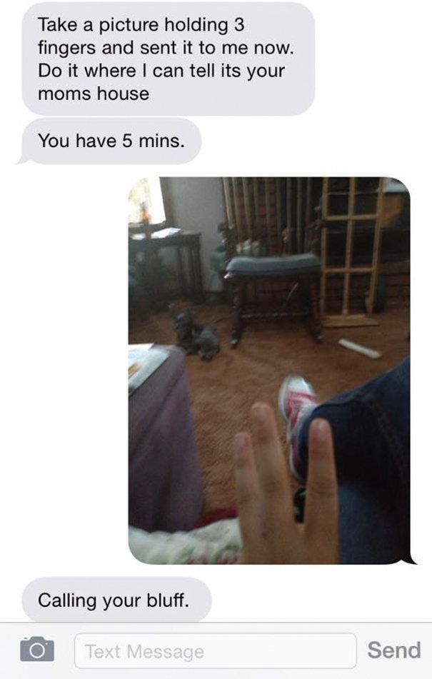 Woman Shares Eye-Opening Text Convo To Show What Everyday Abuse Can Look