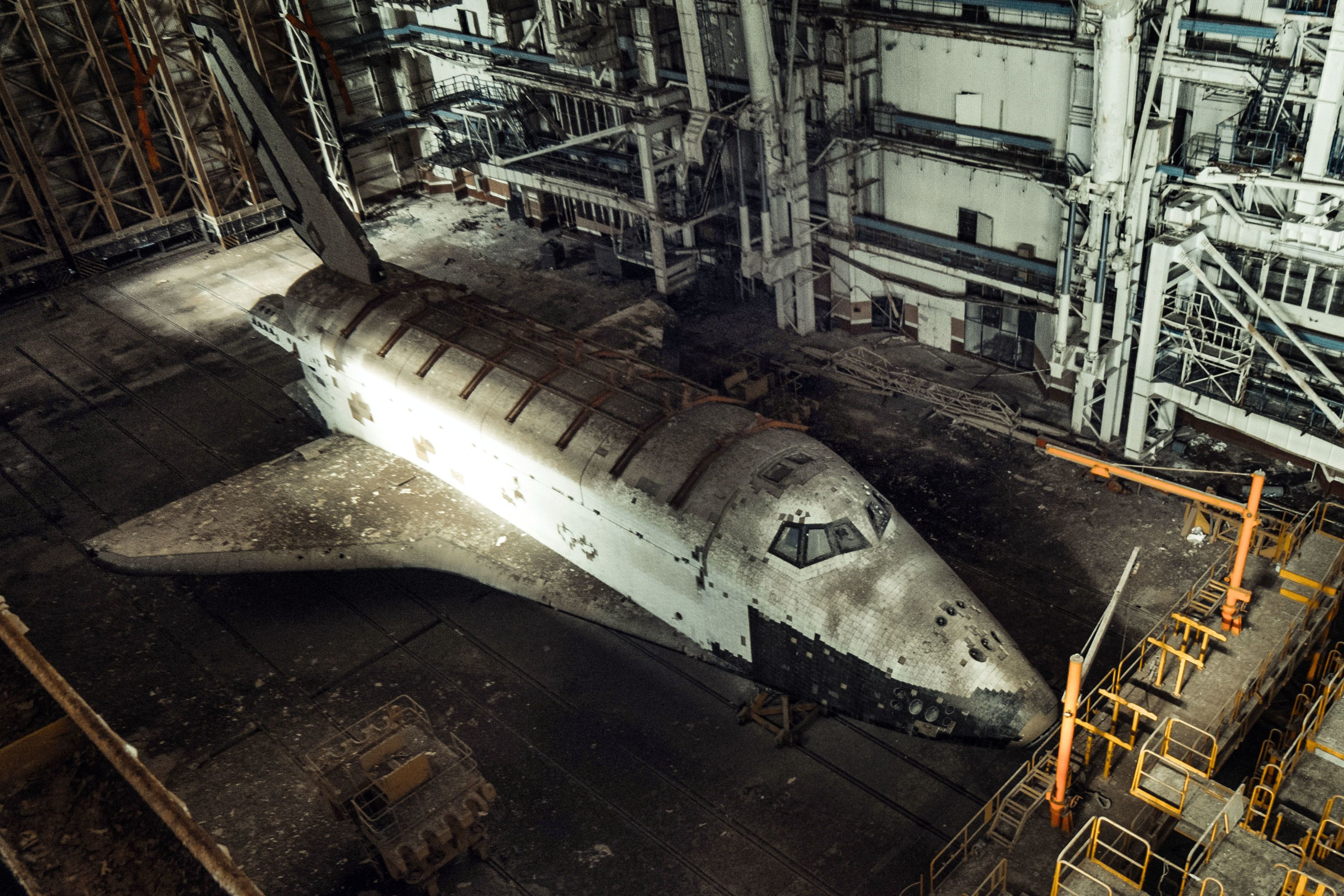 Photographer Reveals Ghostly Images Of Two Soviet-Era Space Shuttles Left To