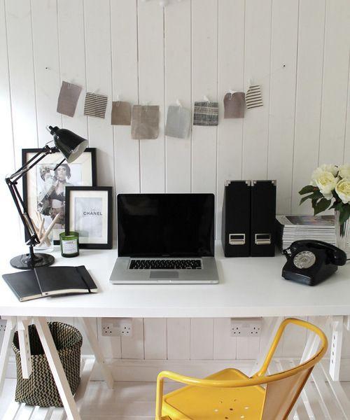 """<a rel=""""nofollow"""" href=""""https://www.houzz.com/photos/12561144/Garden-studio-scandinavian-home-office-london"""" target=""""_blank"""">"""
