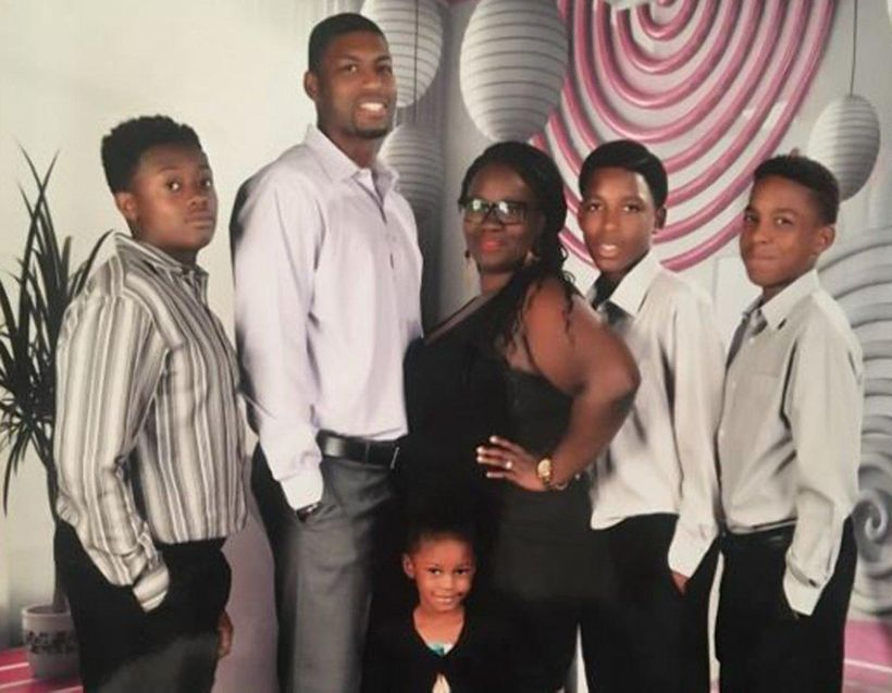 The Edwards family, including Jordan's brothers Vidal and Kevon.