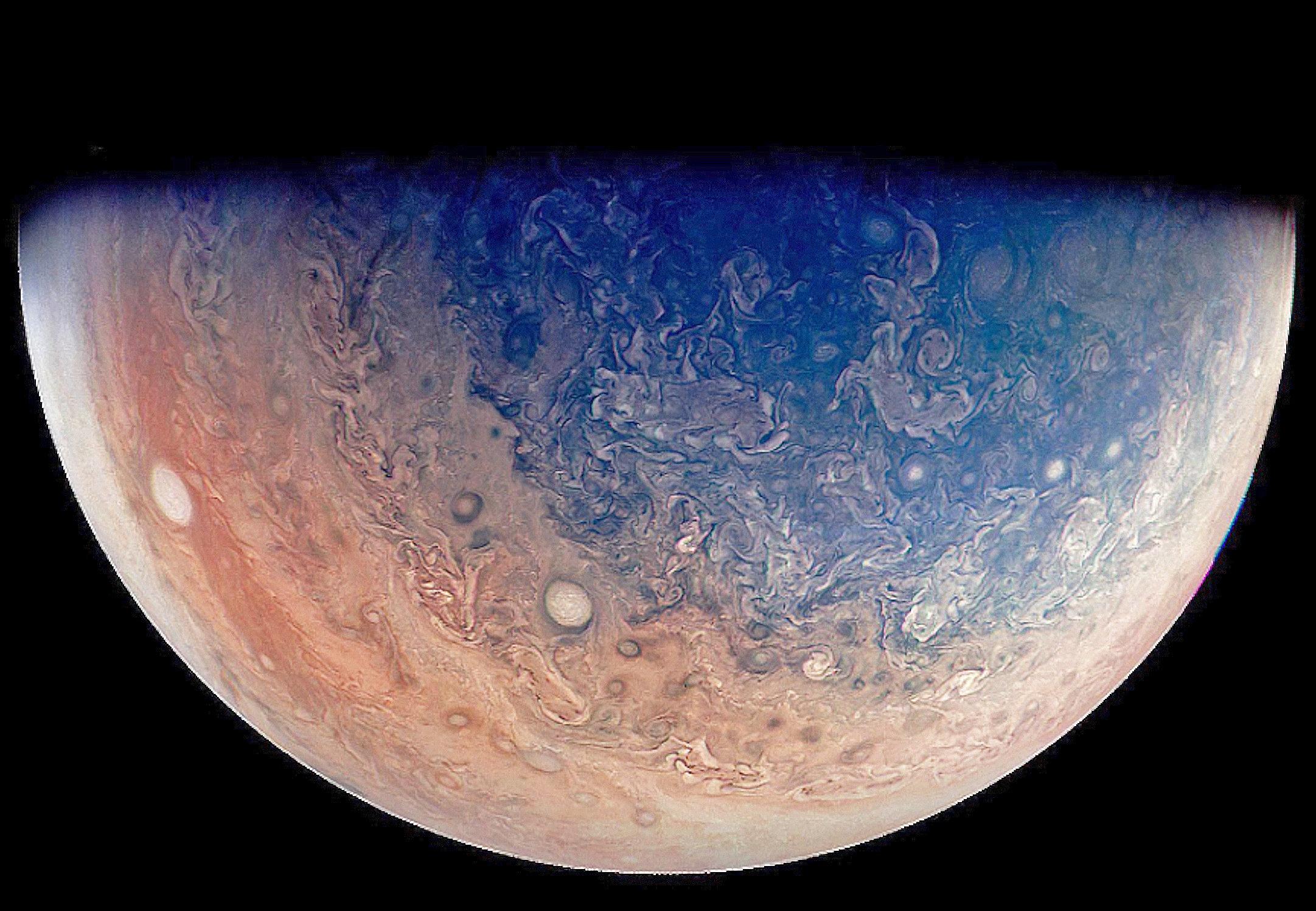Stunning Images Of Jupiter's Gigantic Oval