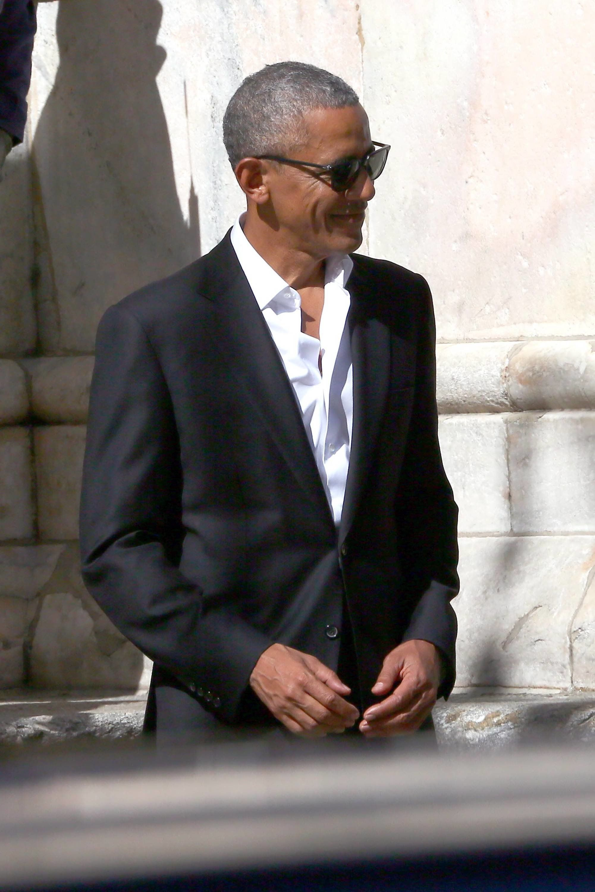 Barack Obama spotted on a visit to Milan, Italy. The former U.S. President went to the a cathedral and the Biblioteca Ambrosiana on his trip. 
