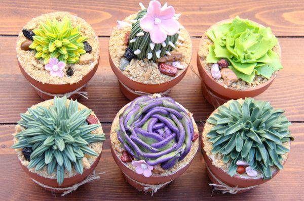 "<i>Desserts by <a href=""https://www.facebook.com/CAKE708/"" target=""_blank"">CAKE by Jennifer Riley</a></i>"