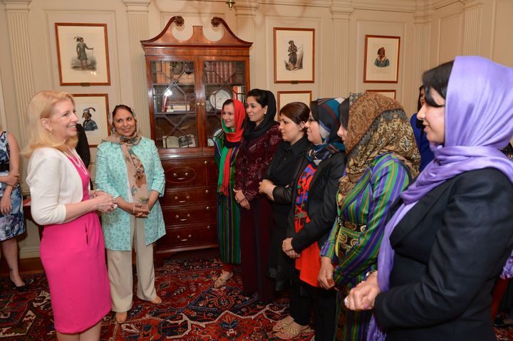 Ambassador-at-Large for Global Women's Issues Catherine Russell speaks with women Afghan journalists who are visiting Washing