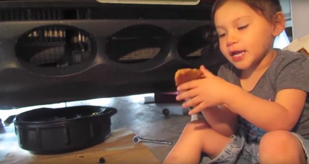Girl Puts Us All To Shame With Her Mechanic Skills, As She Changes The Oil In Her Dad's