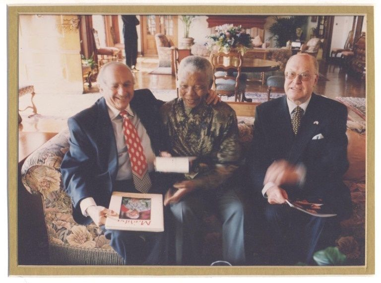 Gary Lubner's uncle Bertie Lubner (L) with Nelson Mandela and Afrika Tikkun Executive Director, Herby Rosenberg. A South Afri