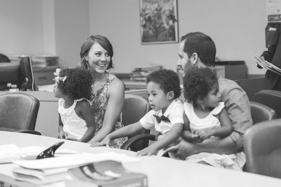 女性たちが母親になる瞬間。24枚の美しい写真とかけがえのない物語